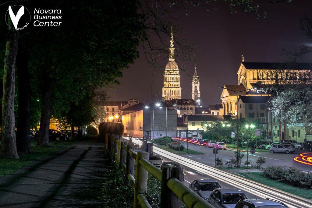 Novara centro vista notturna
