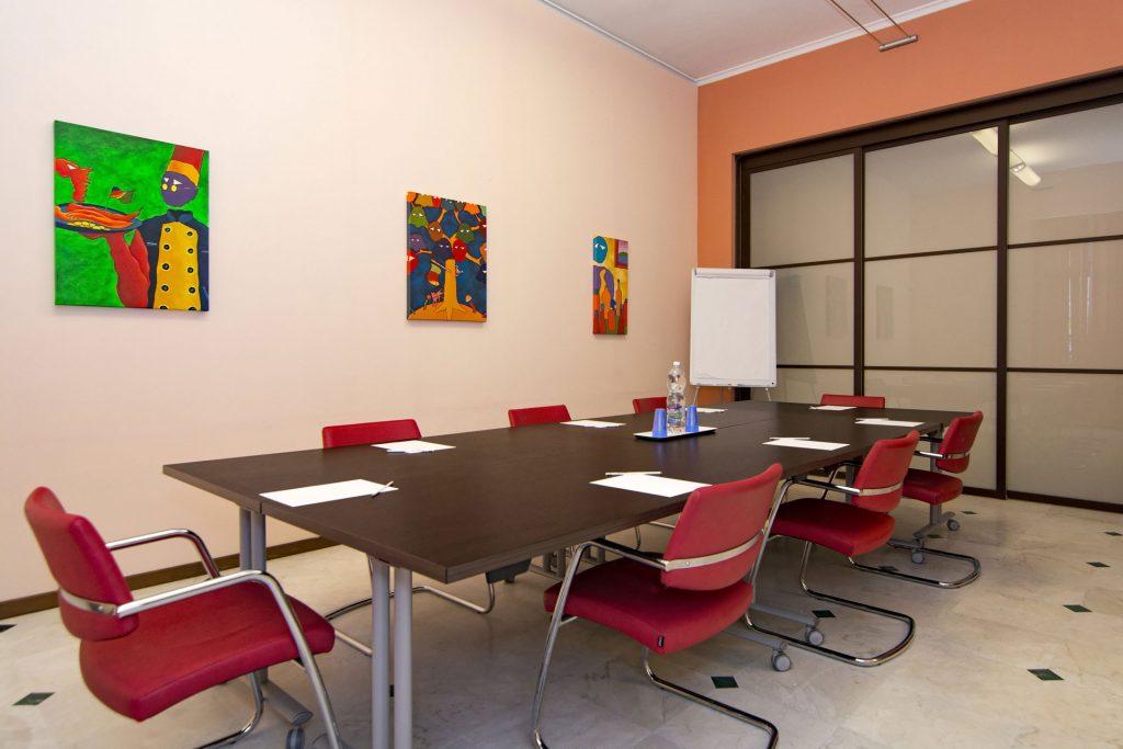 sala riunioni 12-15 posti a Novara