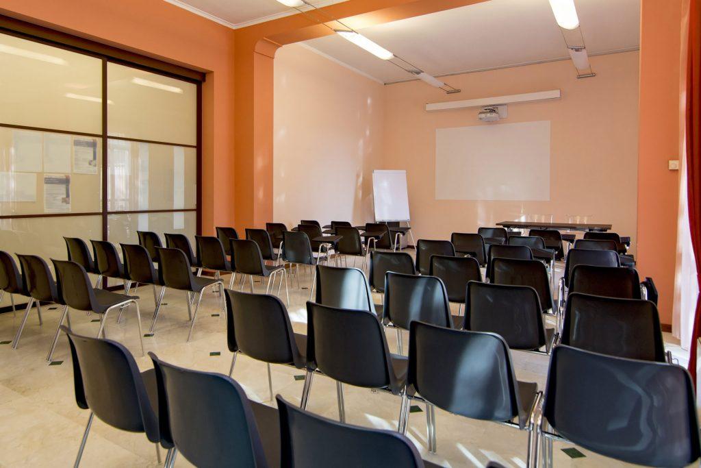 Sala riunioni 50 posti a Novara
